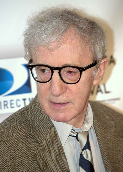 428px-Woody_Allen_at_the_premiere_of_Whatever_Works